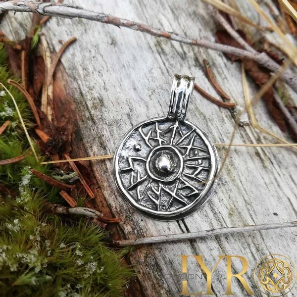 Bilde av Lykkeskjold - Sølvanheng