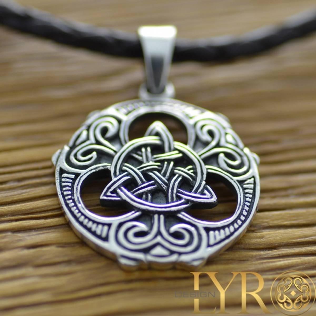 Viking Trikvetra - Sølvanheng